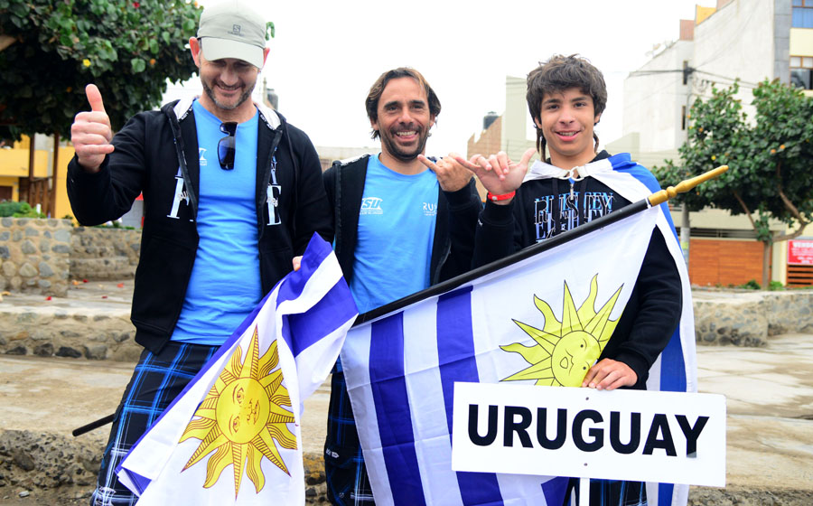 Team Uruguay. Credit: ISA/ Michael Tweddle
